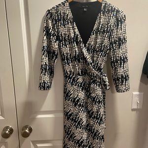 Like New Ivy + Blu faux wrap dress 3/4 sleeve Sz 6